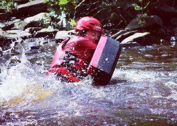 Woman hydrospeeding